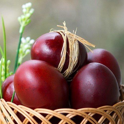 яйца красим в луковой шелухе